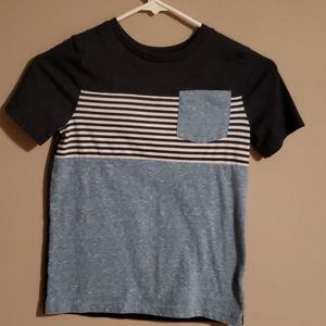 Boy's tee, excellent condition!